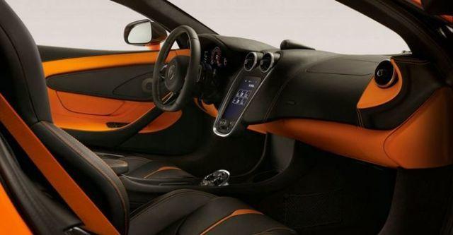 2016 McLaren 540 C V8  第10張相片