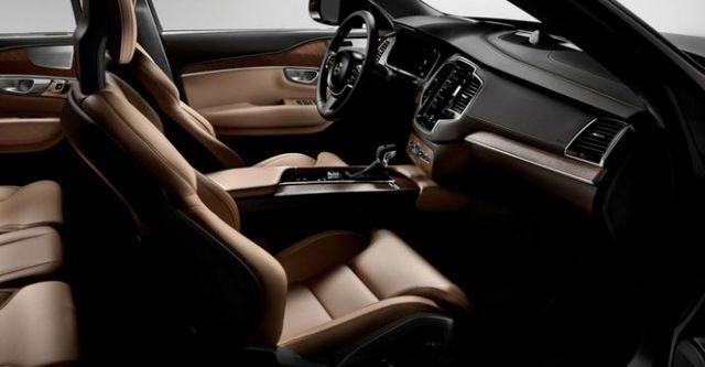 2016 Volvo XC90 D4 Momentum+五人座  第10張相片