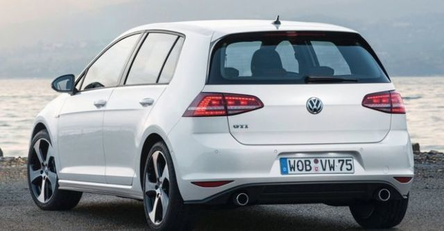 2016 Volkswagen Golf GTI  第2張相片