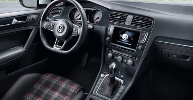 2016 Volkswagen Golf GTI  第9張相片