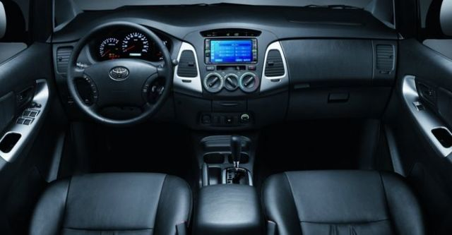 2016 Toyota Innova 2.0 E  第7張相片