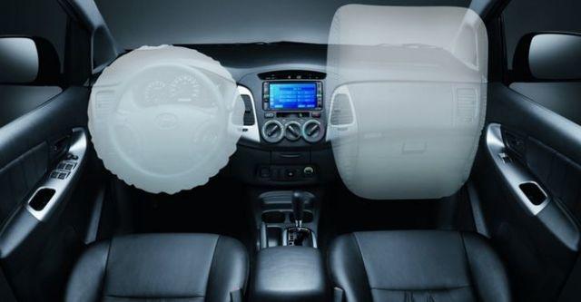 2016 Toyota Innova 2.0 E  第9張相片