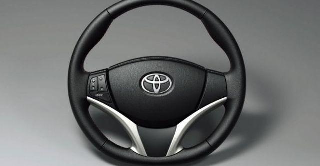2016 Toyota Yaris 1.5經典Style+  第9張相片