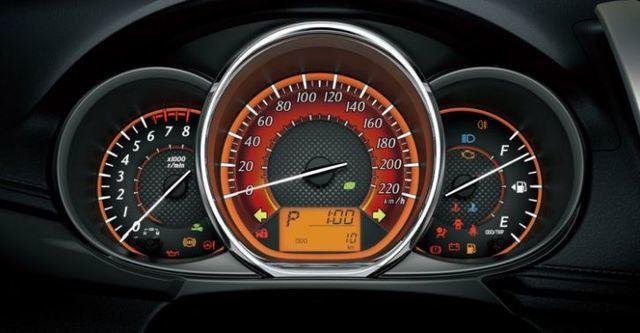 2016 Toyota Yaris 1.5豪華  第8張相片
