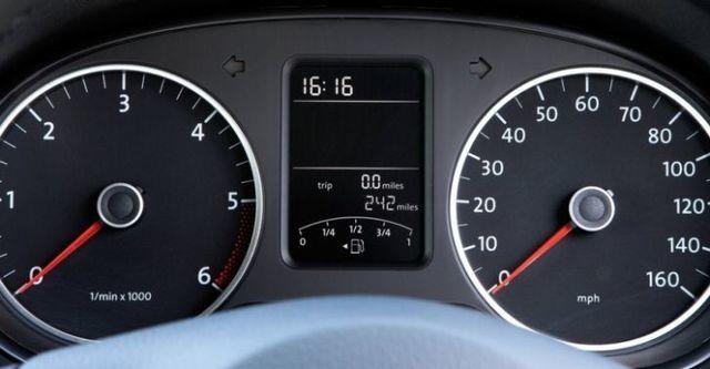 2016 Volkswagen Amarok 2.0 TDI M6  第10張相片