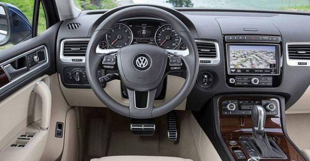2016 Volkswagen Touareg 3.0 TDI BlueMotion  第8張相片