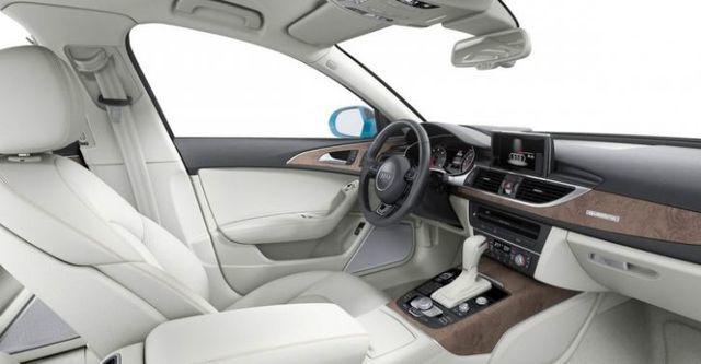 2016 Audi A6 Avant 40 TFSI  第10張相片