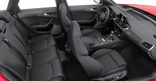 2016 Audi A6 Avant RS6  第8張相片