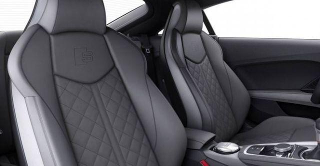 2016 Audi TT S  第10張相片