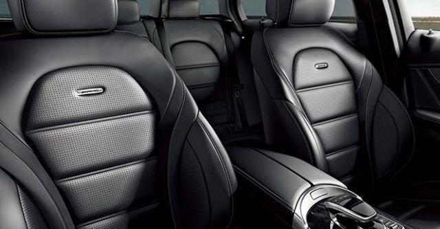 2016 M-Benz C-Class Sedan AMG C63  第8張相片