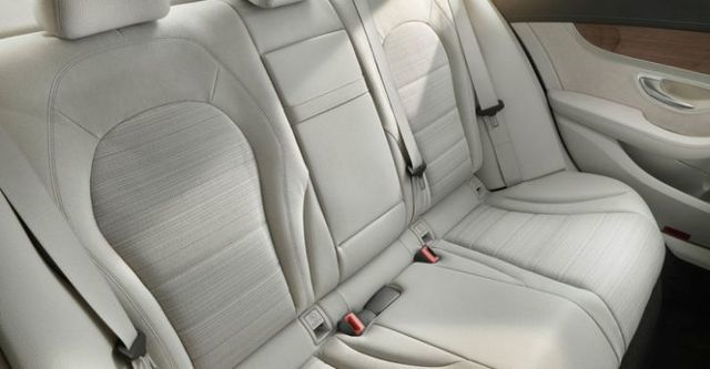 2016 M-Benz C-Class Sedan C250 AMG Line  第9張相片