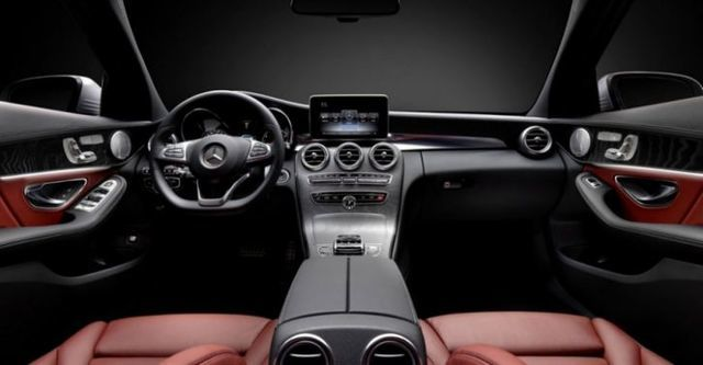 2016 M-Benz C-Class Sedan C250 AMG Line  第10張相片