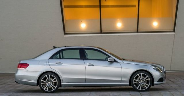 2016 M-Benz E-Class Sedan E220 BlueTEC Avantgarde  第3張相片