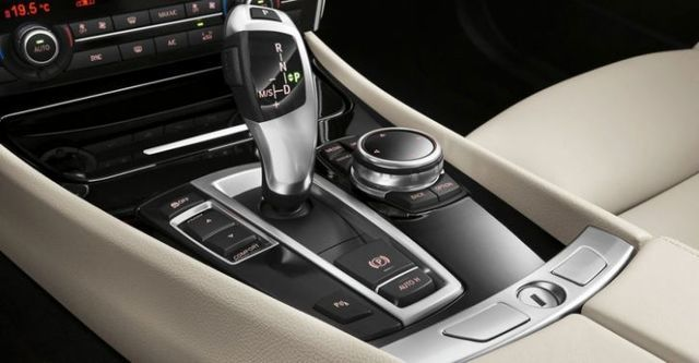 2016 BMW 5-Series GT 535i Luxury Line  第9張相片