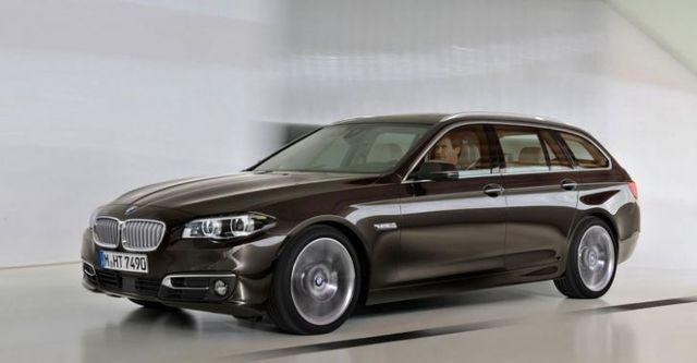 2016 BMW 5-Series Touring 520i  第2張相片