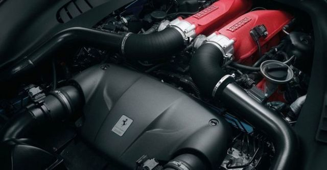 2016 Ferrari California T 3.8 V8  第9張相片