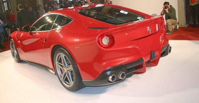 2016 Ferrari F12 Berlinetta V12  第3張相片