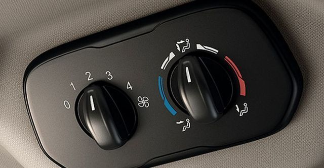 2016 Ford Tourneo Custom 尊爵型(選配後座獨立空調)  第6張相片