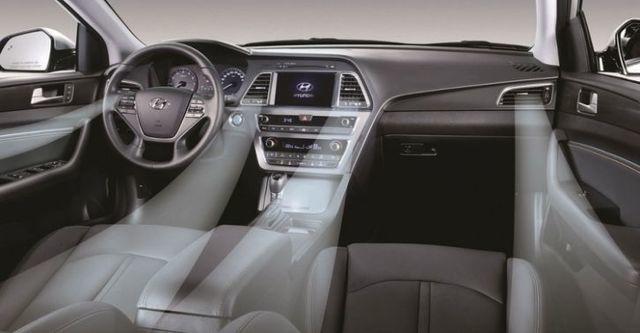 2016 Hyundai Sonata 2.4豪華款  第9張相片