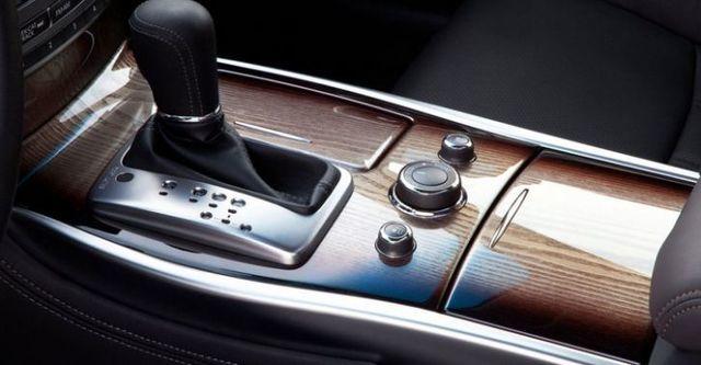2016 Infiniti Q70 2.5 V6豪華款  第7張相片