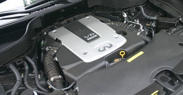 2016 Infiniti QX70 3.7 V6旗艦款  第5張相片