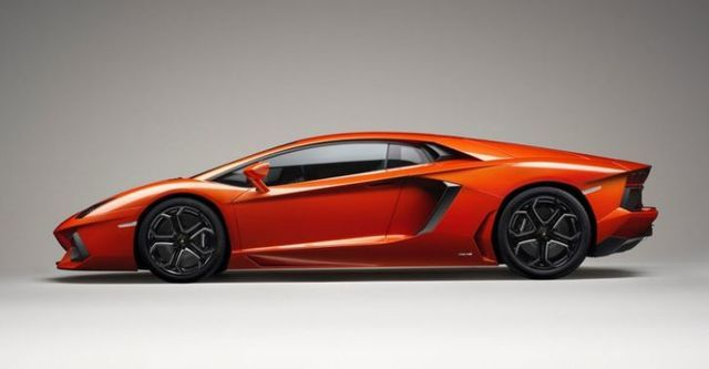 2016 Lamborghini Aventador LP 700-4  第4張相片