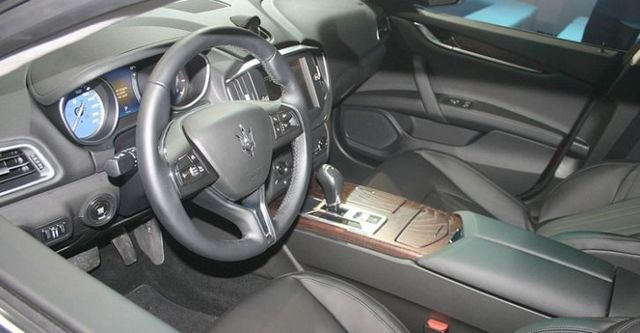 2016 Maserati Ghibli 3.0 V6  第7張相片