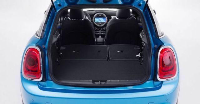 2016 Mini Hatch 5D Cooper  第10張相片
