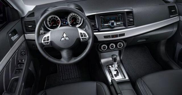 2016 Mitsubishi Lancer Fortis 1.8經典型  第9張相片