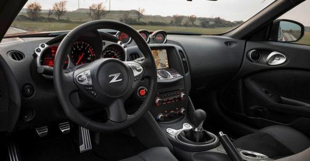 2016 Nissan 370Z Coupe 3.7  第10張相片