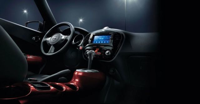 2016 Nissan Juke 1.6渦輪增壓奔放天窗版  第6張相片