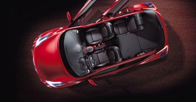 2016 Nissan Juke 1.6渦輪增壓奔放天窗版  第10張相片