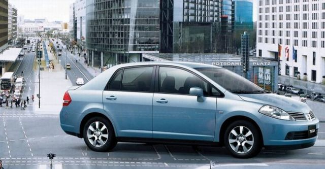 2016 Nissan Tiida 4D 傳奇版  第1張相片