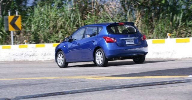 2016 Nissan Tiida 5D 豪華影音版  第4張相片