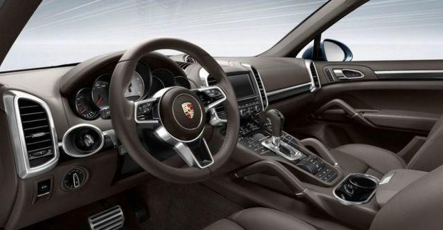 2016 Porsche Cayenne Turbo  第8張相片