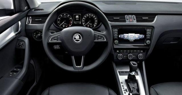 2015 Skoda Octavia Sedan 1.6 TDI Elegance  第7張相片