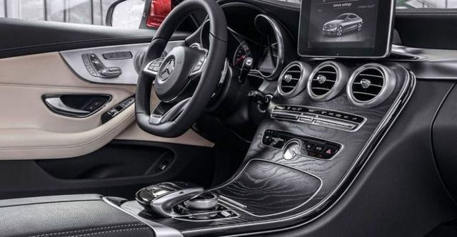 2016 M-Benz C-Class Coupe C250 AMG Line  第9張相片