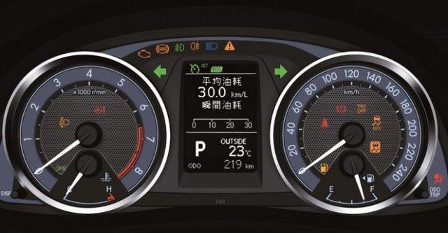 2016 Toyota Crorlla Altis 1.8尊爵版  第9張相片