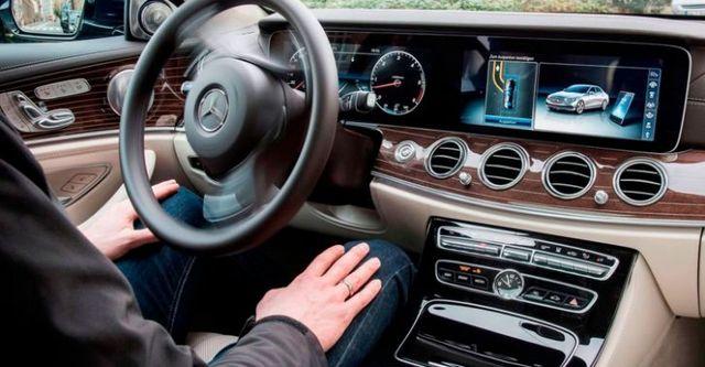 2016 M-Benz E-Class Sedan(NEW) E200 Avantgarde  第5張相片
