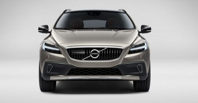 2017 Volvo V40 Cross Country D4運動版  第6張相片