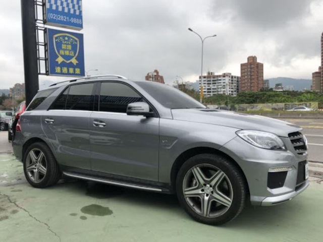 2012年ML63 Amg 4matic  第1張相片