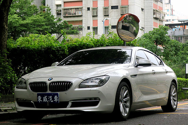 2013 BMW 640i GC 只跑三萬 總代理 白色《東威》