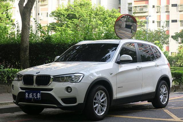 2016 BMW X3 20d 環景 I-KEY 大螢幕 總代理 白色 《東威》