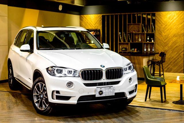高雄 和悅汽車有限公司 18年式 總代理BMW X5 35i LUXURY