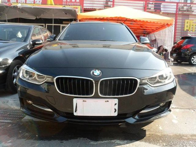 BMW 3 SERIES TOURING F31  第1張相片