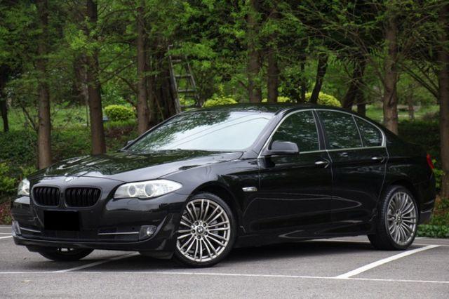 BMW 5 SERIES SEDAN F10   第1張相片
