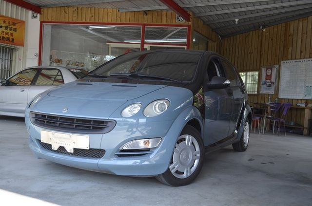SMART FORFOUR  第1張相片