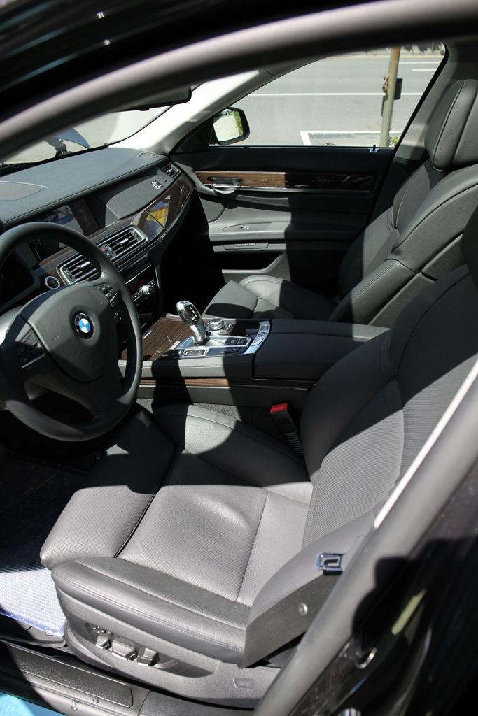 中古車教學:汽車座椅&天窗如何DIY清潔