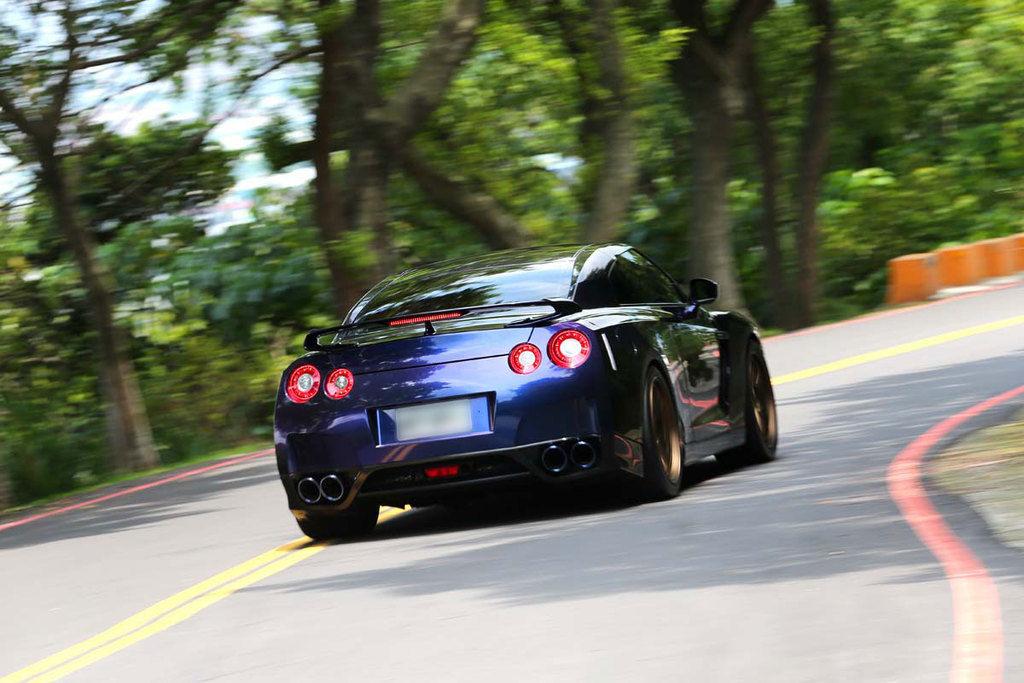 值得擁有中古車No.2 日製經典傳奇之星 Nissan GT-R