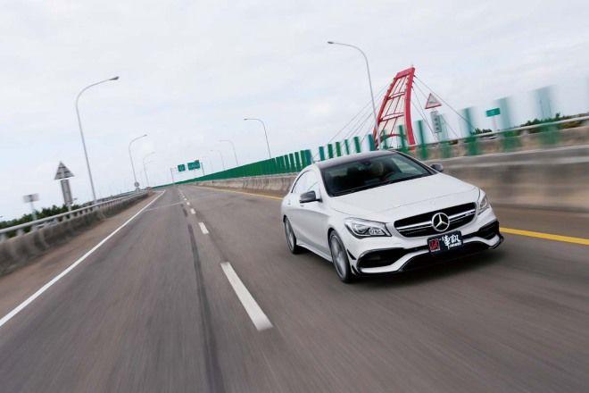 就是愛你太浮誇M.Benz AMG CLA 45 4MATIC